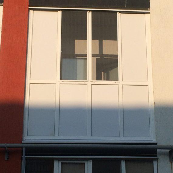 Остекление балконов 1 от компании